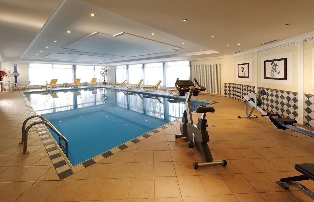 유로텔 빅토리아(Eurotel Victoria) Hotel Image 16 - Indoor Pool