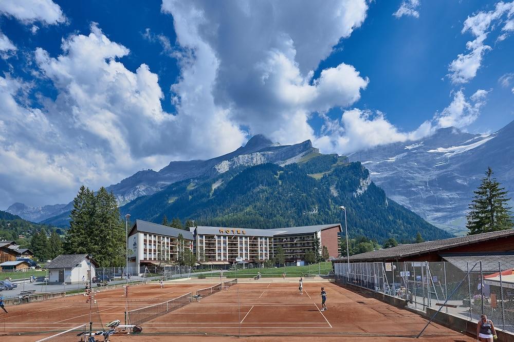 유로텔 빅토리아(Eurotel Victoria) Hotel Image 19 - Tennis Court
