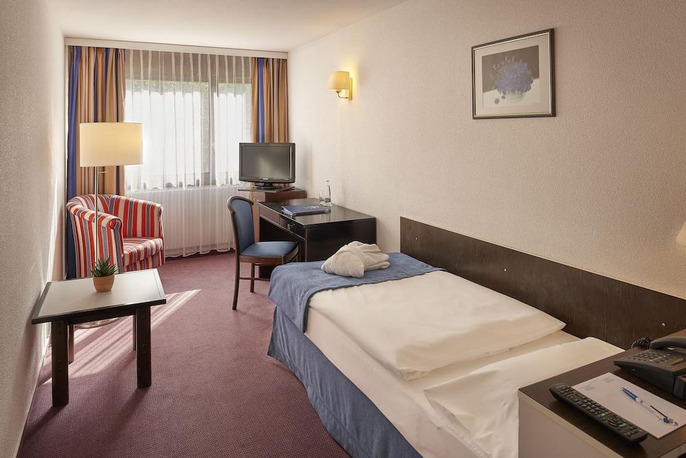유로텔 빅토리아(Eurotel Victoria) Hotel Image 3 - Guestroom