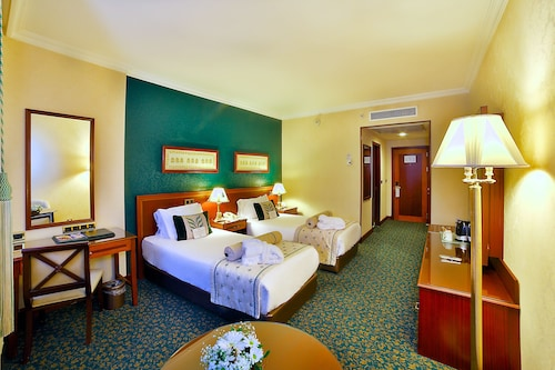 Grand Cevahir Hotel & Convention Center, Şişli
