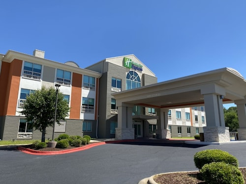 . Holiday Inn Express And Suites Enterprise