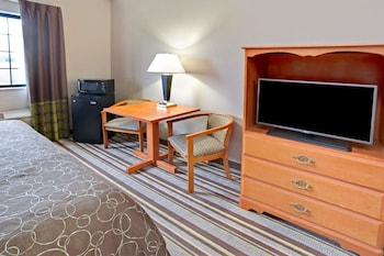 Super 8 by Wyndham South Bend - Guestroom  - #0