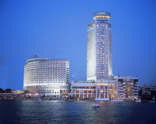 Grand Nile Tower, Ancient Cairo