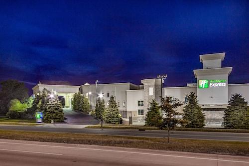 . Holiday Inn Express Wisconsin Dells