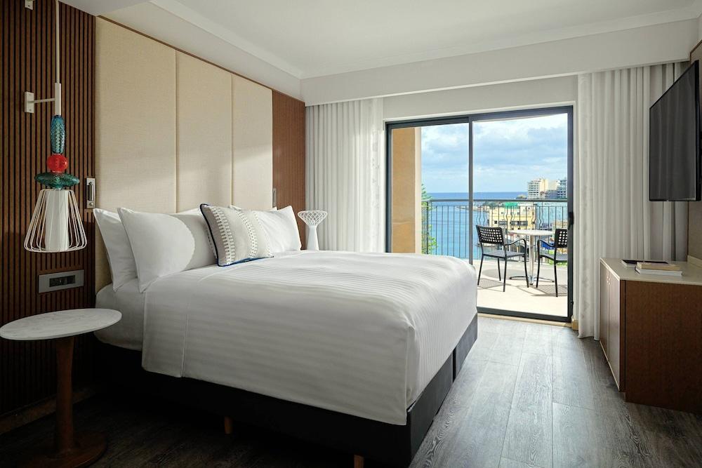 https://i.travelapi.com/hotels/1000000/980000/973600/973535/89a31247_z.jpg