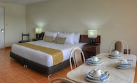 Superior Suite, Kitchenette, Ocean View