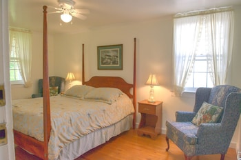 Superior Double Room, Ensuite (C5 Carriage House - Queen)