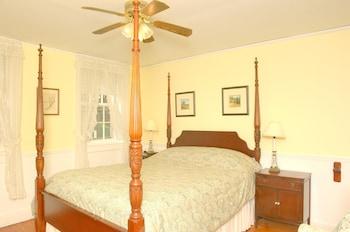 Deluxe Double Room, Ensuite (C4 Carriage House -Queen )
