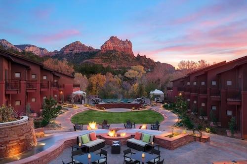 . Amara Resort and Spa