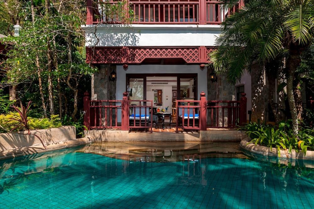 https://i.travelapi.com/hotels/1000000/980000/975500/975456/0216ddc6_z.jpg