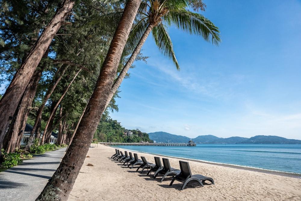 https://i.travelapi.com/hotels/1000000/980000/975500/975456/065ceb4a_z.jpg
