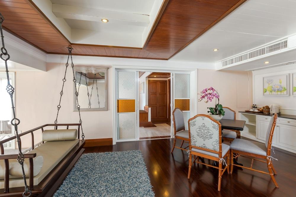 https://i.travelapi.com/hotels/1000000/980000/975500/975456/2eed1587_z.jpg