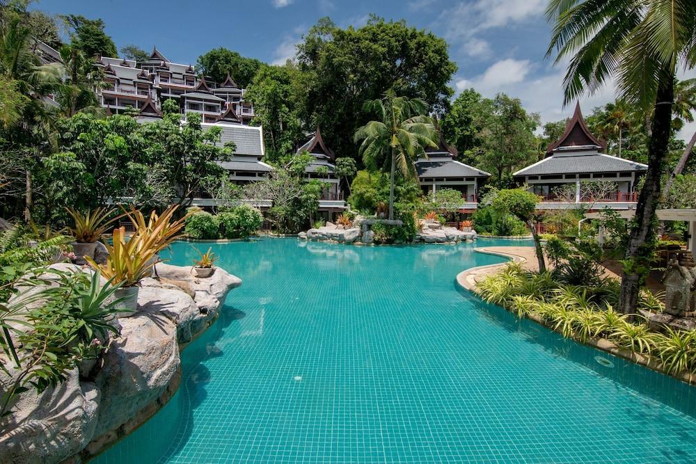 https://i.travelapi.com/hotels/1000000/980000/975500/975456/66e9eaef_z.jpg