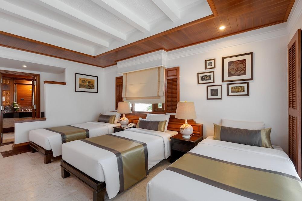https://i.travelapi.com/hotels/1000000/980000/975500/975456/a9da6103_z.jpg