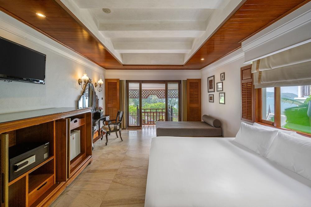 https://i.travelapi.com/hotels/1000000/980000/975500/975456/f357b9a0_z.jpg