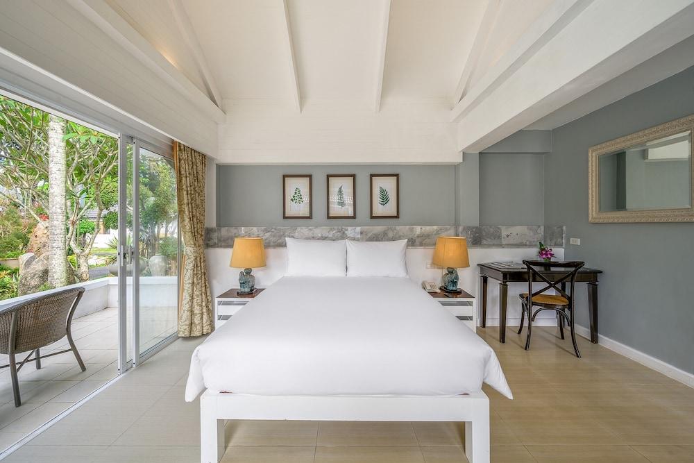 https://i.travelapi.com/hotels/1000000/980000/975500/975456/fe53984d_z.jpg