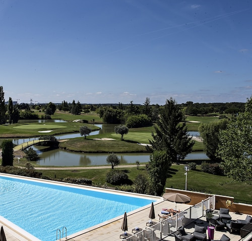 . Mercure Toulouse Aeroport Golf de Seilh