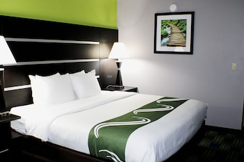 Hotel - Quality Inn & Suites Bedford West