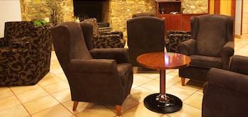 AJ 니우니트(AJ Niunit) Hotel Image 1 - Lobby Sitting Area