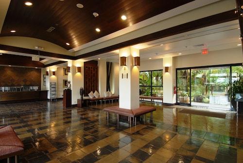 Bayview Hotel Guam,