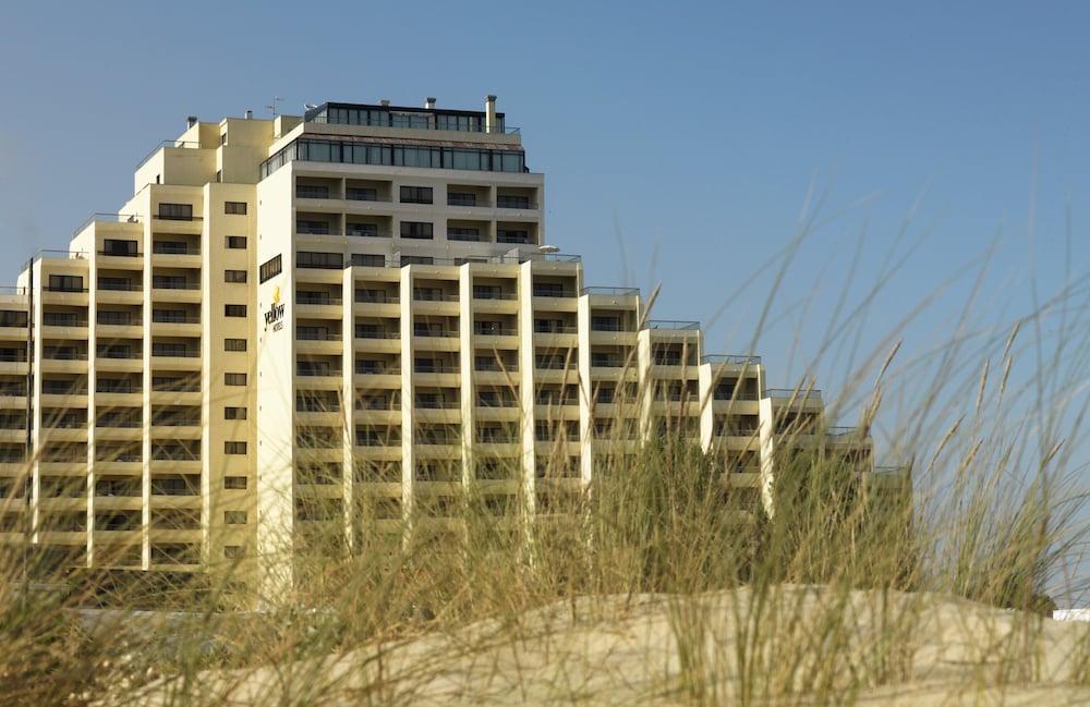 Yellow Praia Monte Gordo, Immagine fornita dalla struttura