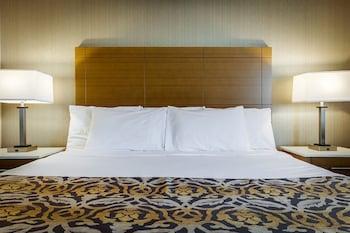 Standard Room with 1 queen bed