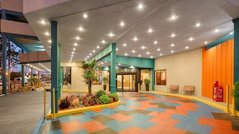 Lobby at Best Western Plus Sandcastle Beachfront Hotel in Virginia Beach