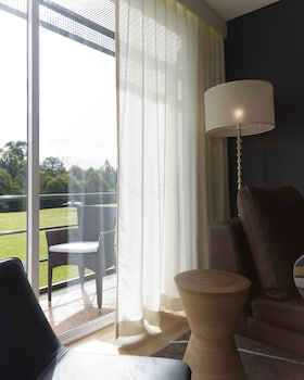 Guestroom at MGSM Executive Hotel & Conference Centre in Macquarie Park