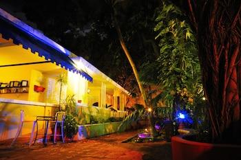 Book Casa Del Caribe in San Juan.