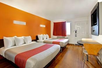 Premium Oda, 2 Büyük (queen) Boy Yatak, Sigara İçilmez, Buzdolabı Ve Mikrodalga