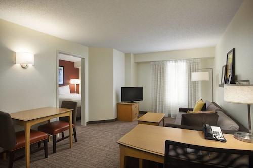 Residence Inn by Marriott Detroit Novi, Oakland