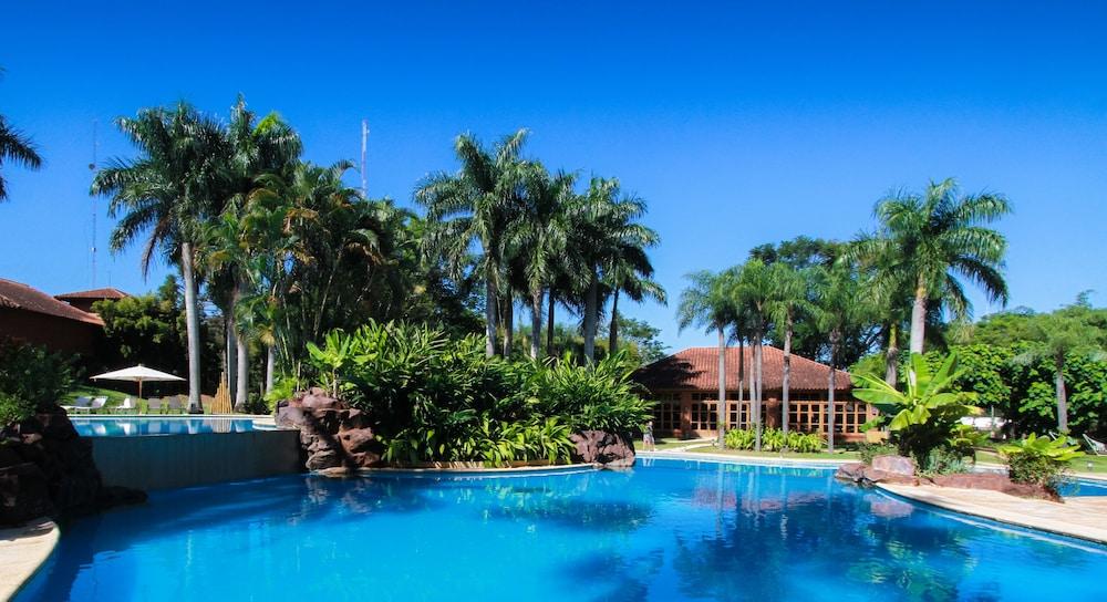 https://i.travelapi.com/hotels/1000000/980000/979400/979370/4c2bb18a_z.jpg