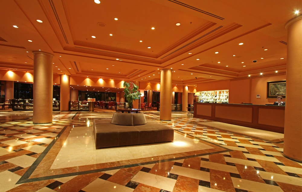https://i.travelapi.com/hotels/1000000/980000/979400/979370/6bf047c6_z.jpg