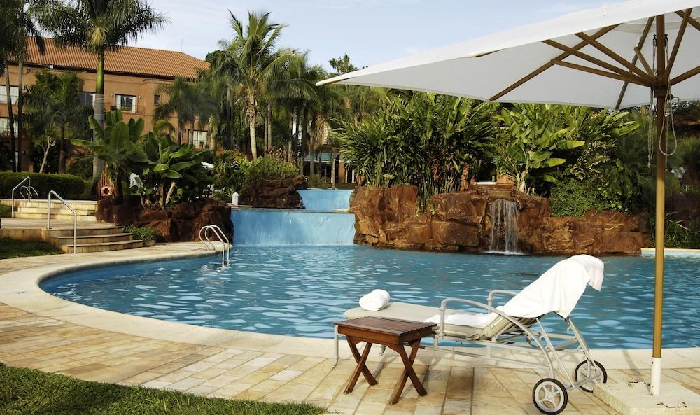 https://i.travelapi.com/hotels/1000000/980000/979400/979370/ba647060_z.jpg