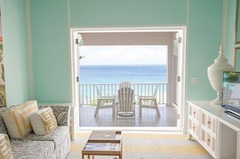 Junior Suite, 1 King Bed, Oceanfront