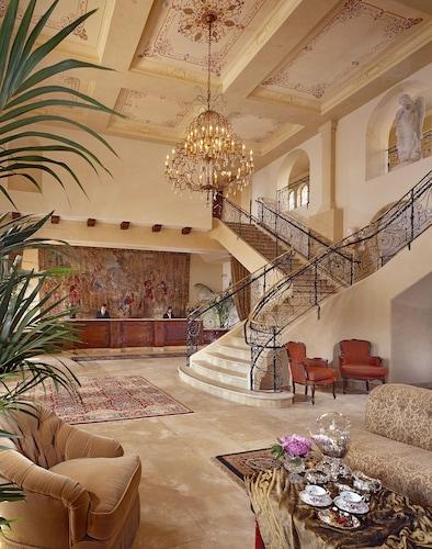 . Ayres Hotel Manhattan Beach LAX