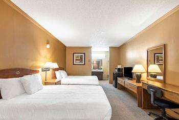 Oda, 2 Çift Kişilik Yatak, Sigara İçilebilir