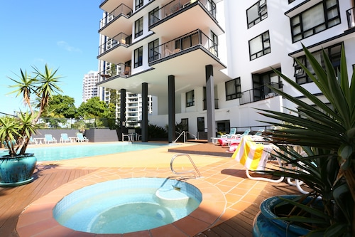 Neptune Resort, Broadbeach-Mermaid Beach