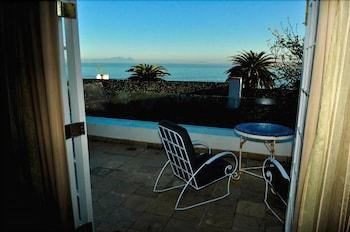Manor on the Bay - Balcony  - #0
