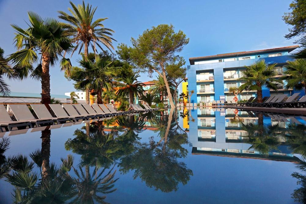 Occidental Menorca, Featured Image