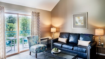 Belle Loft Suite with 2 Queen Beds