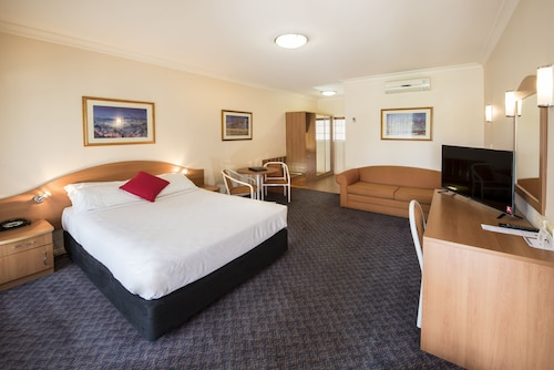 Quality Inn Penrith, Penrith - West