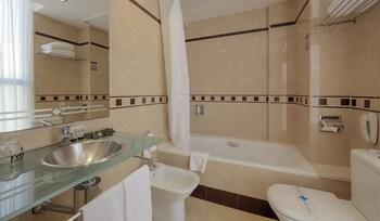 Evenia Rocafort - Bathroom  - #0
