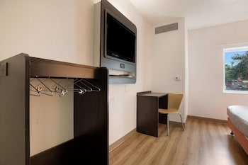 Standard Room, 1 Double Bed, Accessible