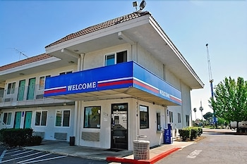 Hotel - Motel 6 Sacramento North