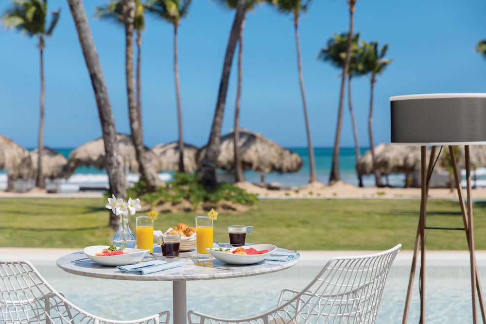 inclusive all Excellence punta cana only adults