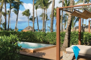 Junior Suite With Plunge Pool + Free On-site Covid-19 Test