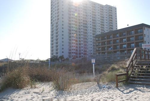 Myrtle Beach Resort by Beach Vacations, Horry