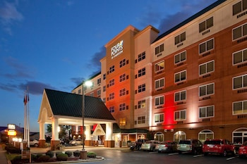 路易斯維爾機場福朋喜來登飯店 Four Points by Sheraton Louisville Airport