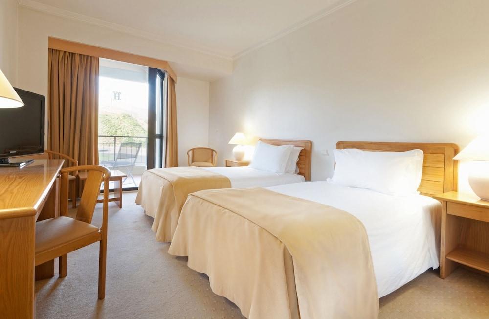트리프 콜리나 도 카스텔로 호텔